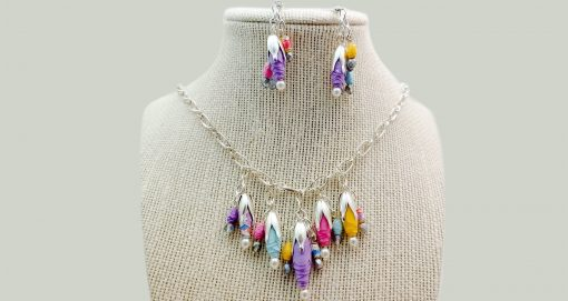 Flower bud Paper Bead Necklace
