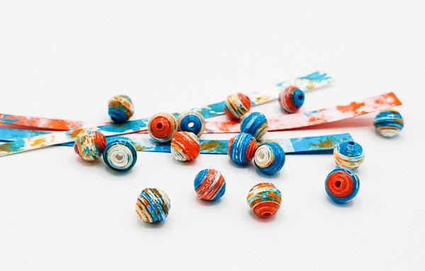 sponge painted paper beads
